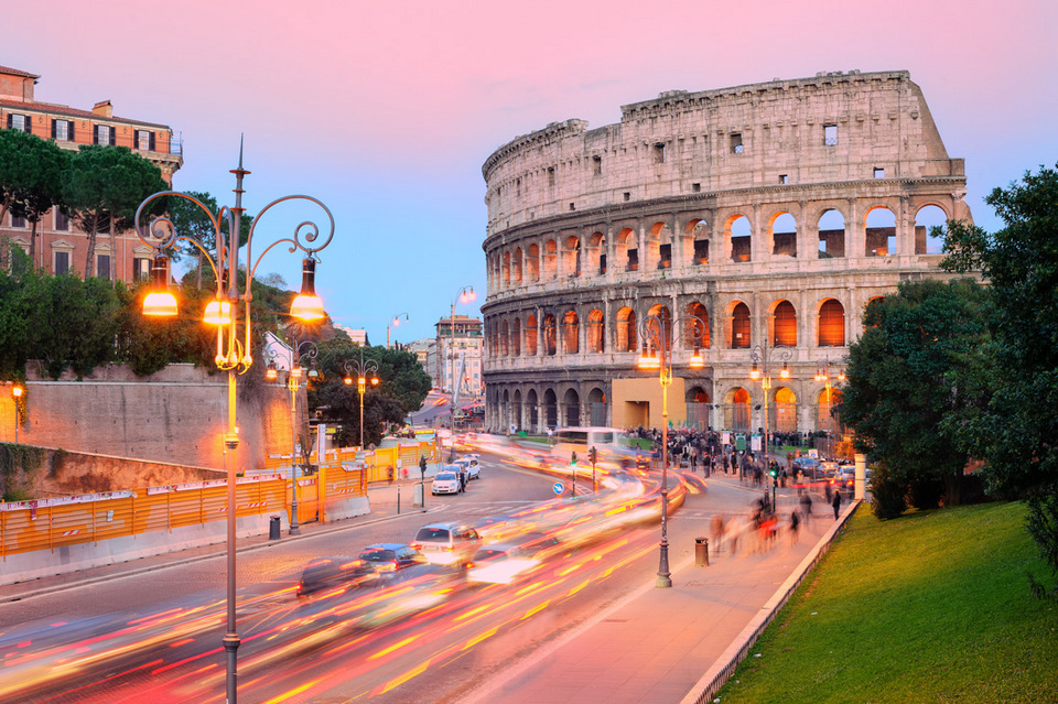 italy_rome_colosseum_sunset