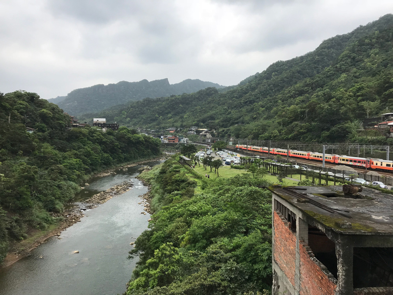 Houtong Cat Village with the Keelung River cutting through it…