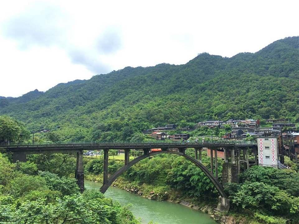 coal-transportation-bridge_zpsumjryjxc-69f75a56a234