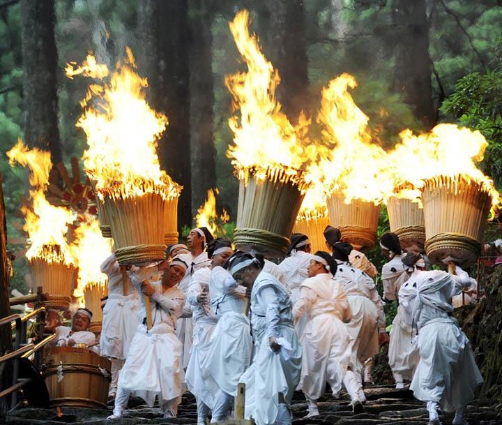 nachi fire festival (1)