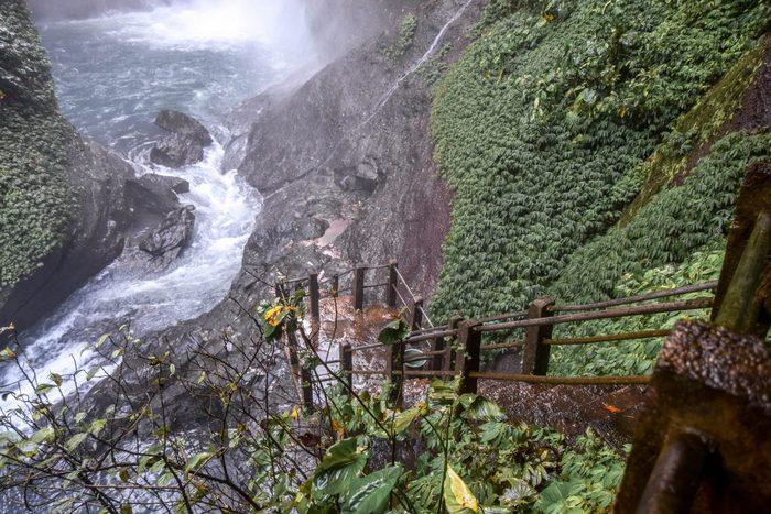 Aling-Aling Waterfall (Sambangan),top waterfalls in bali,best waterfalls in bali,most beautiful waterfalls in bali,best waterfalls to visit in bali (1)