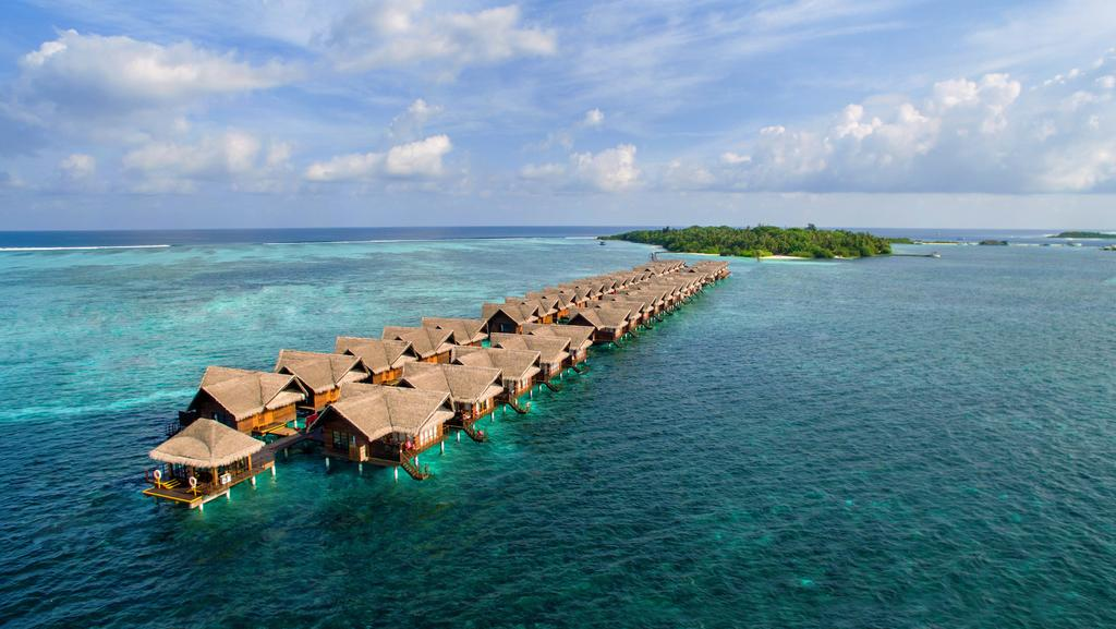 Adaaran Select Hudhuranfushi,best affordable maldives resorts,where to stay in maldives,where to stay in maldives which island is best,which resort to stay in maldives (5)
