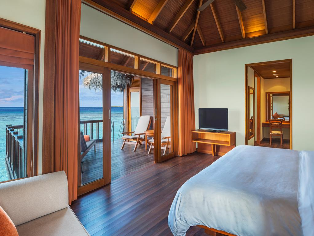 Sheraton Maldives Full Moon Resort & Spabest affordable maldives resorts,best budget hotels in maldives,best budget resorts in maldives (1)