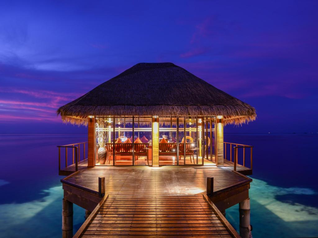 top Adaaran Select Hudhuranfushi,best affordable maldives resorts,where to stay in maldives,where to stay in maldives which island is best (1)