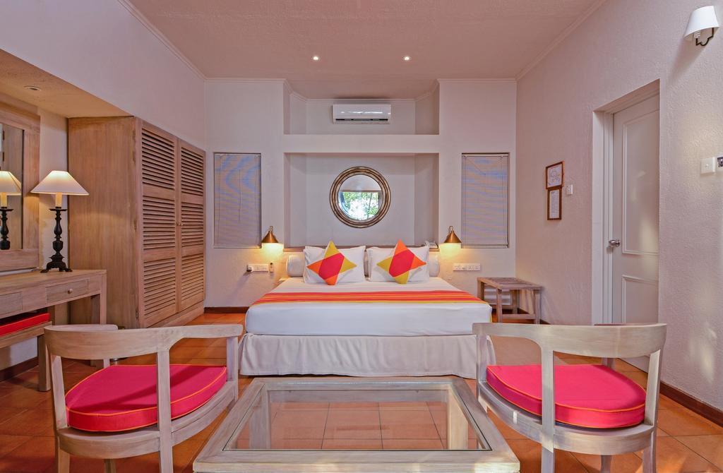Adaaran Club Rannalhi,best affordable maldives resorts,where to stay in maldives,where to stay in maldives which island is best (1)