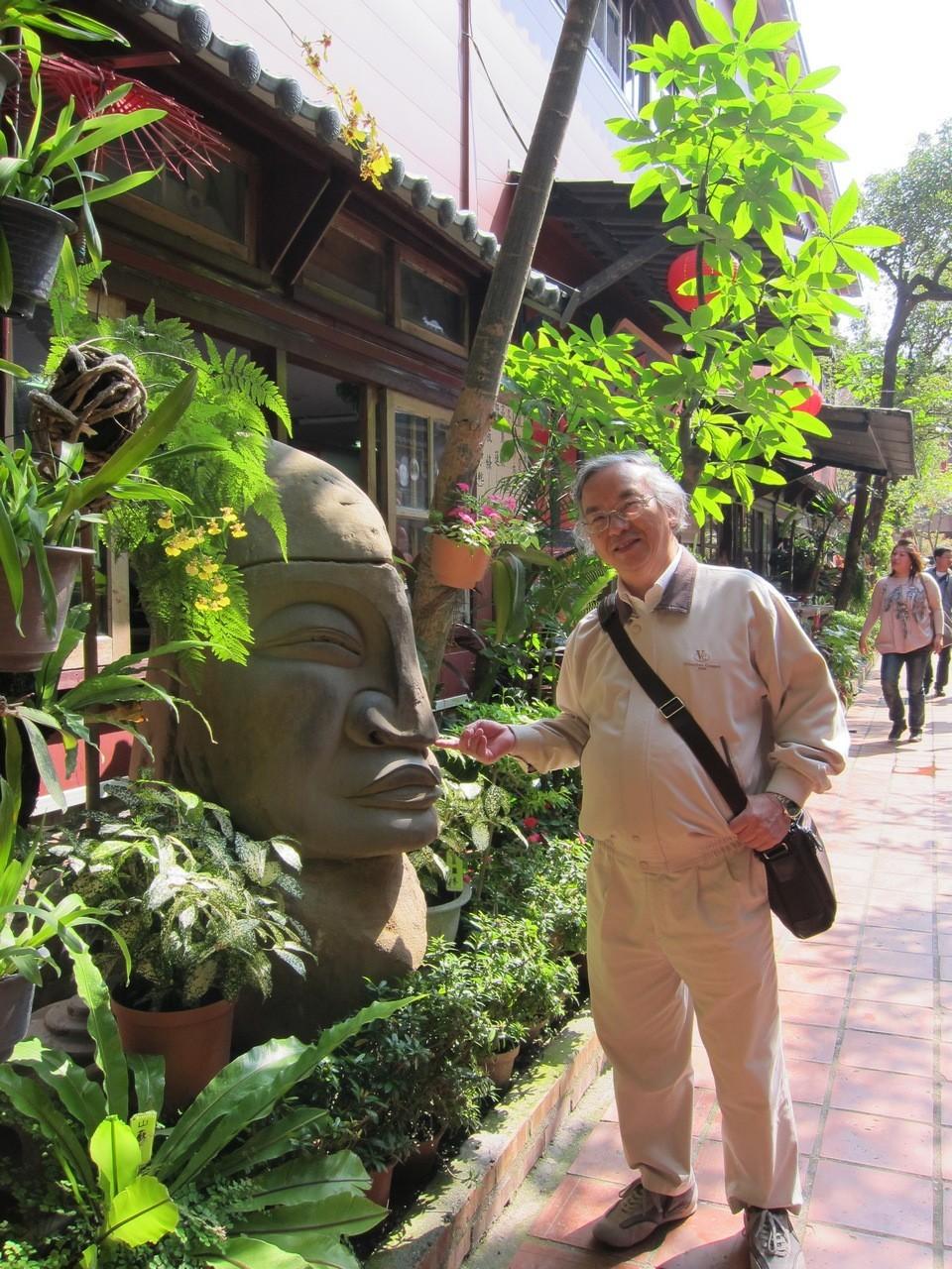 Visiting Meinong Folk Village,kaohsiung,qishan old street (1)