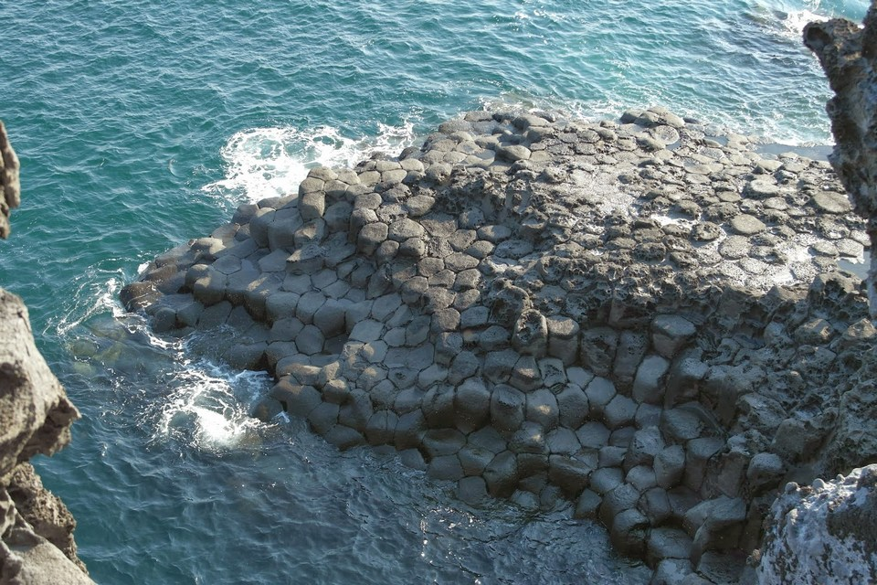 Daepo Haean Jusangjeolli Cliff,jeju day trip,jeju island itinerary,jeju island itinerary blog,jeju island trip (1)