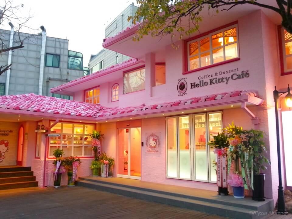 | seoul theme cafe