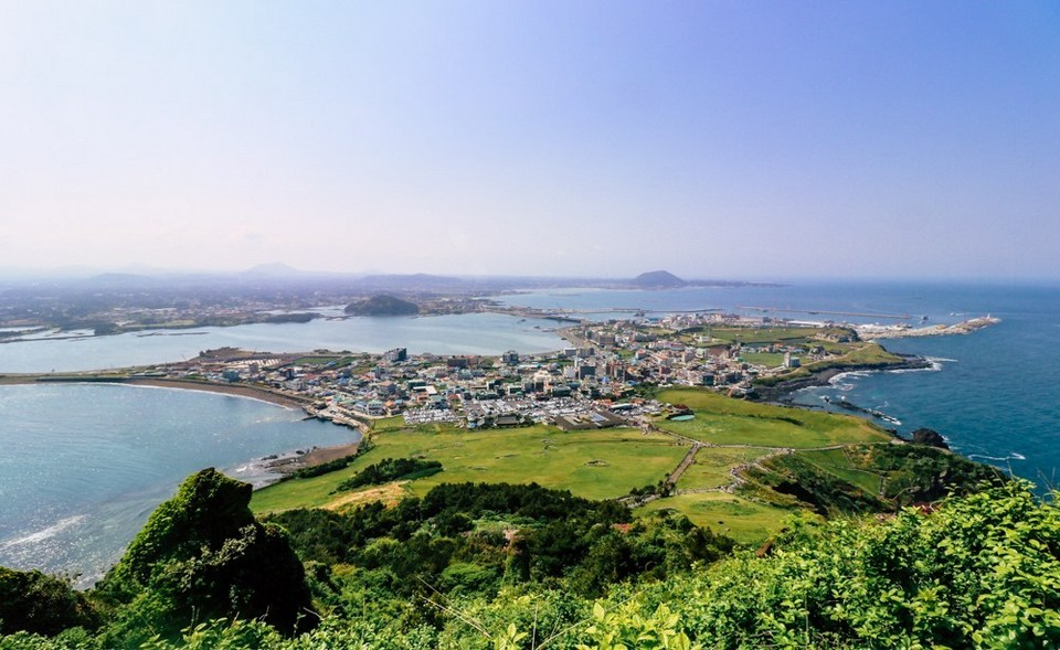 Seongsan Ilchulbong peak,4 days in jeju,jeju 4 days 3 nights itinerary,jeju 4d3n itinerary,jeju island itinerary,jeju itinerary 4 days (1)