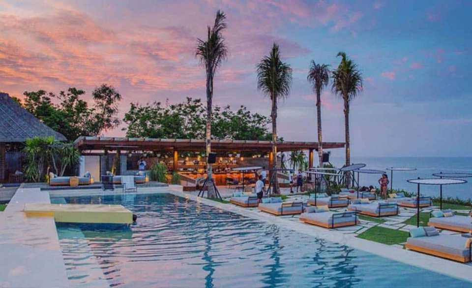 Ulu Cliffhouse,best beach club in uluwatu,uluwatu beach club,top beach clubs in uluwatu (3)