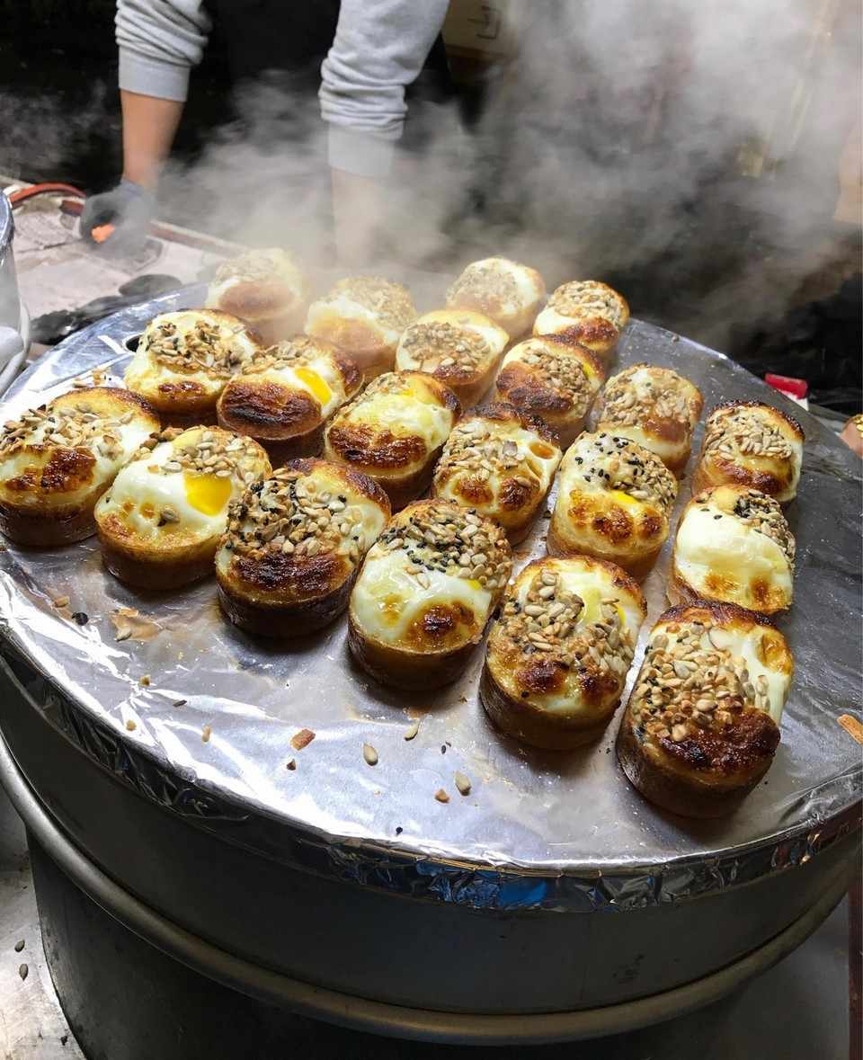 11korean street toast,egg sandwich,myeongdong food blog,myeongdong food guide,myeongdong must eat,what to eat in myeongdong