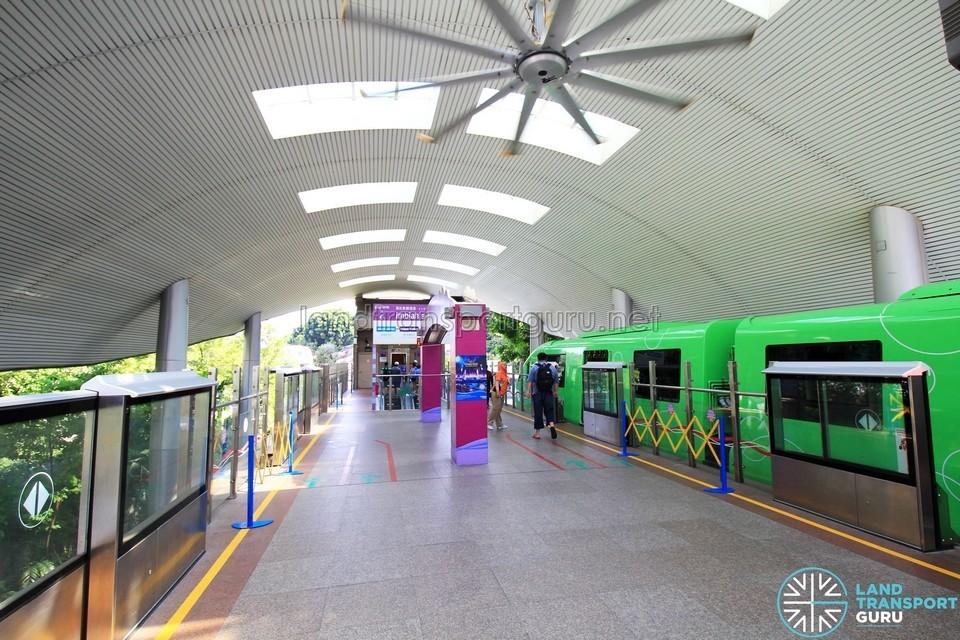 Sentosa Express station platform,sentosa blog,sentosa guide,sentosa island blog,sentosa island guide,sentosa island travel guide,sentosa travel guide