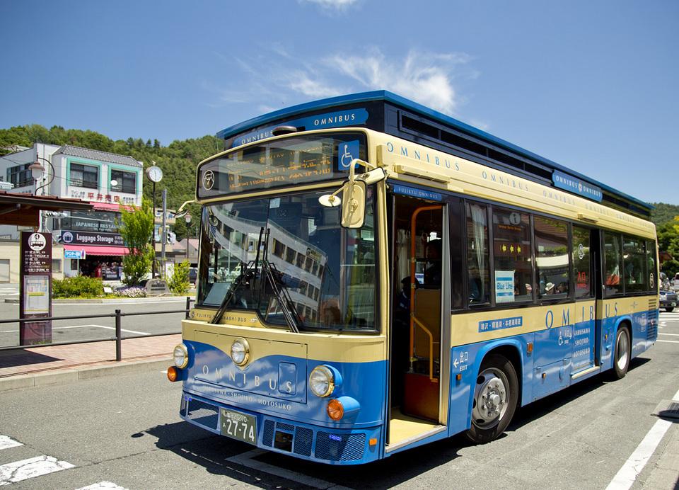 Kawaguchiko Bus blue line
