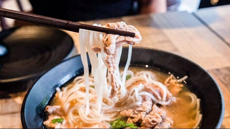 Beef noodle at Odeon,must try food in chinatown singapore,what to eat in chinatown singapore (1)