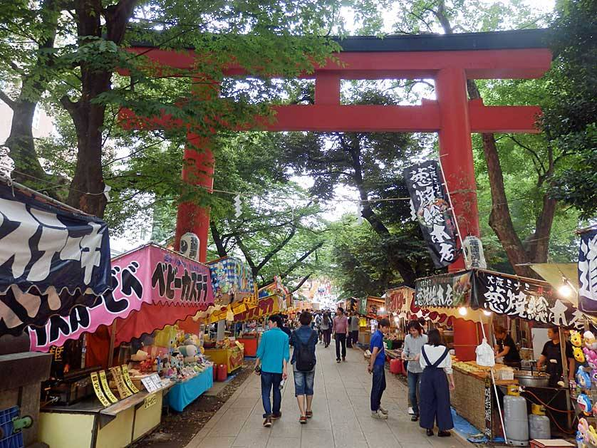 Hanazono Jinja Shrine,best neighborhoods in tokyo for tourist,best neighbourhoods in tokyo,coolest neighborhoods in tokyo (1)