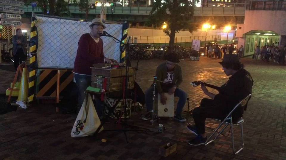 shinjuku music street (1)