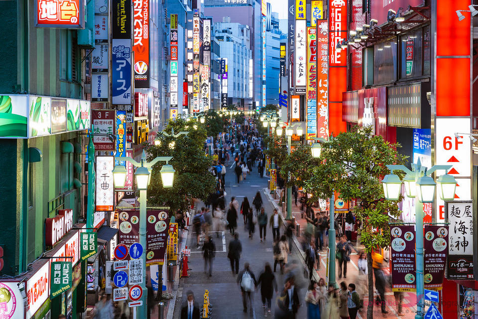 street shinjuku,best neighborhoods in tokyo for tourist,best neighbourhoods in tokyo,coolest neighborhoods in tokyo (1)