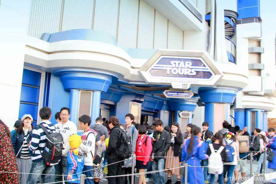 long queues at star tour