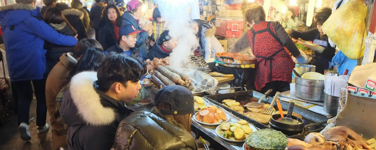 Gwangjang traditional food market44