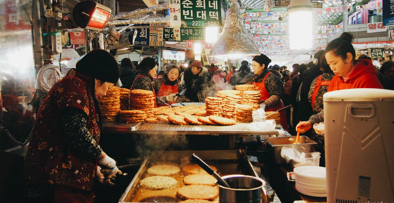 best street food area in seoul,where to eat korean street food in seoul,where to eat street food in seoul333