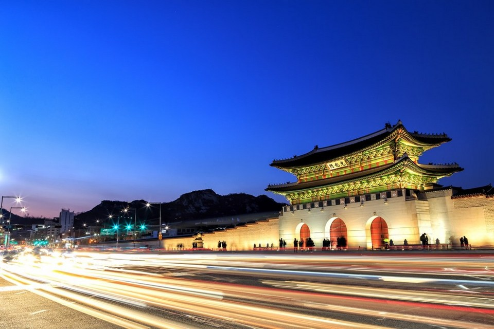 Gwanghwamun-Night-View_03