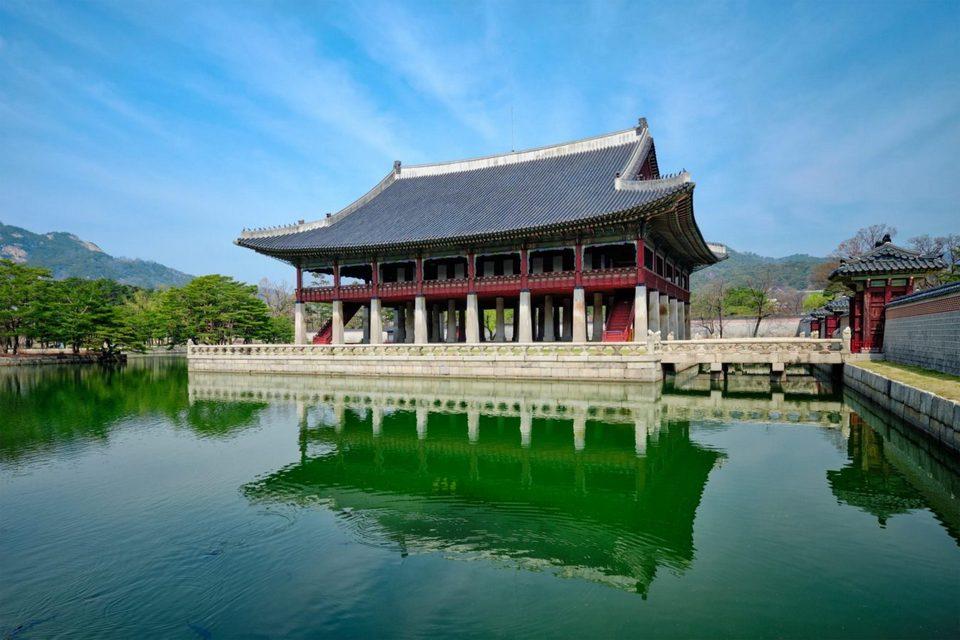 Gyeongbokgung hall