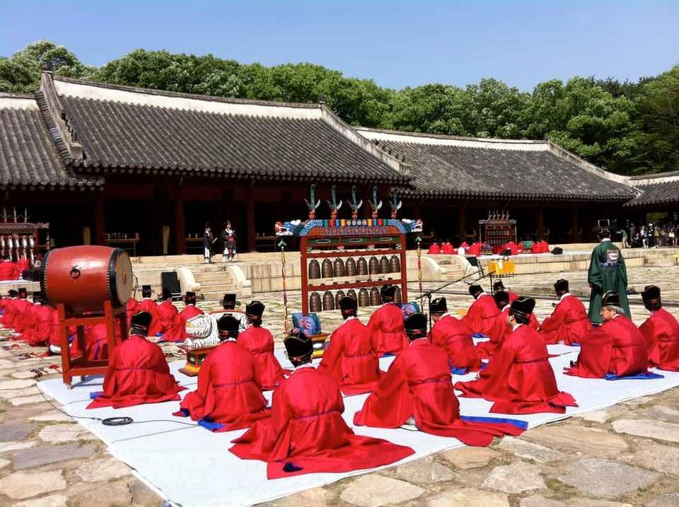 Jongmyo Shrine (1)