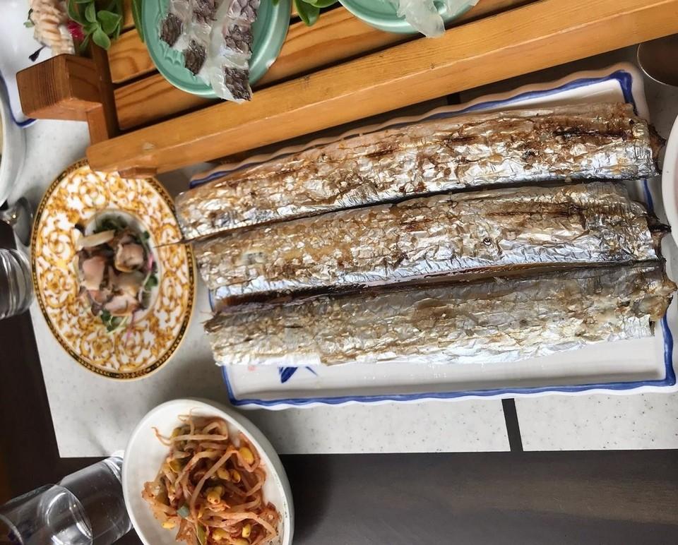 Hwae (Fresh Raw Fish with Salad) jeju (1)