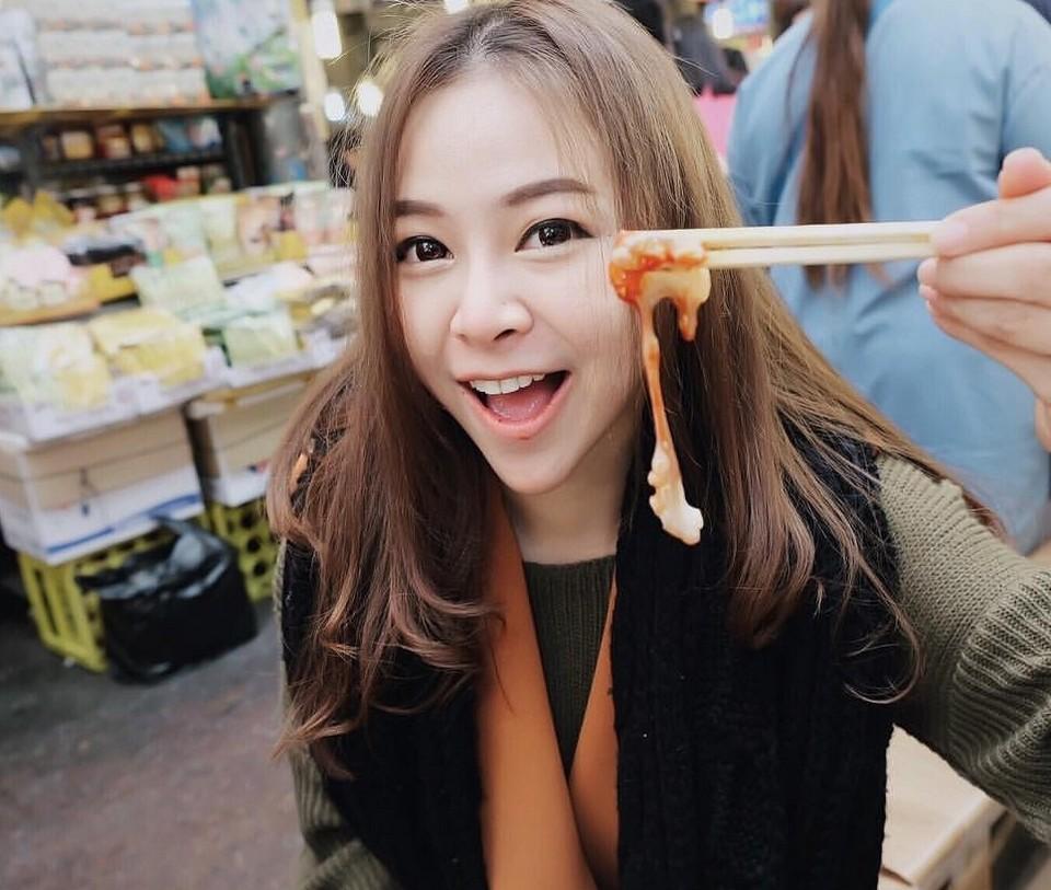 Live Octopus Sashimi jeju (1)