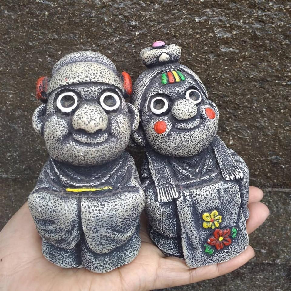 Dol Hareubang stone statue (4)