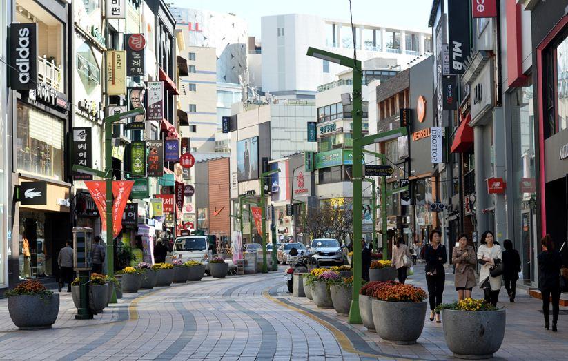 Gwangbok-dong Cultural & Fashion Street busan (1)