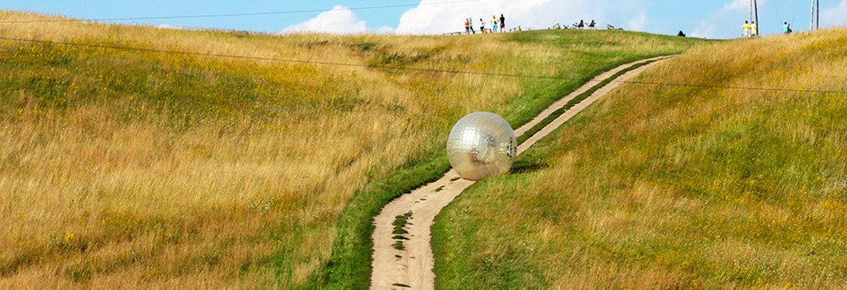 jeju Big Ball Land Zorbing (1)