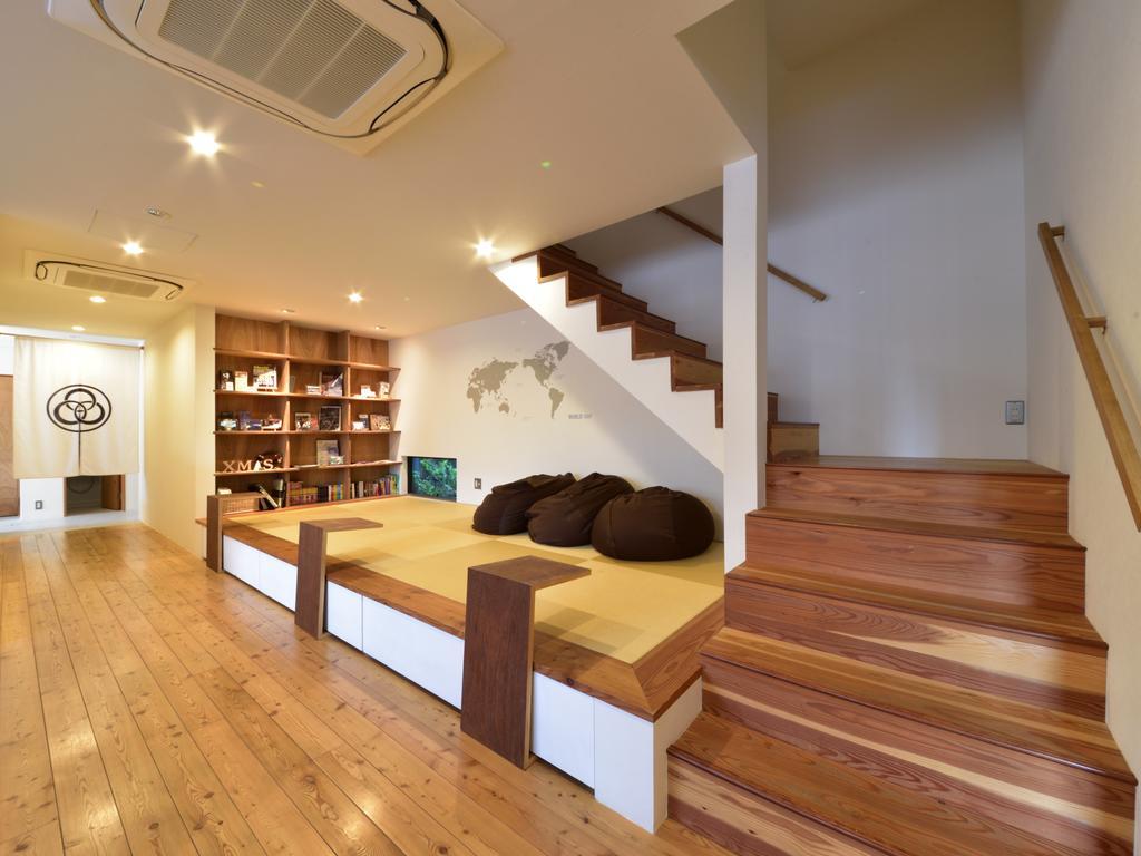 Best hostels in Osaka Japan Hostel Mitsuwaya (1)