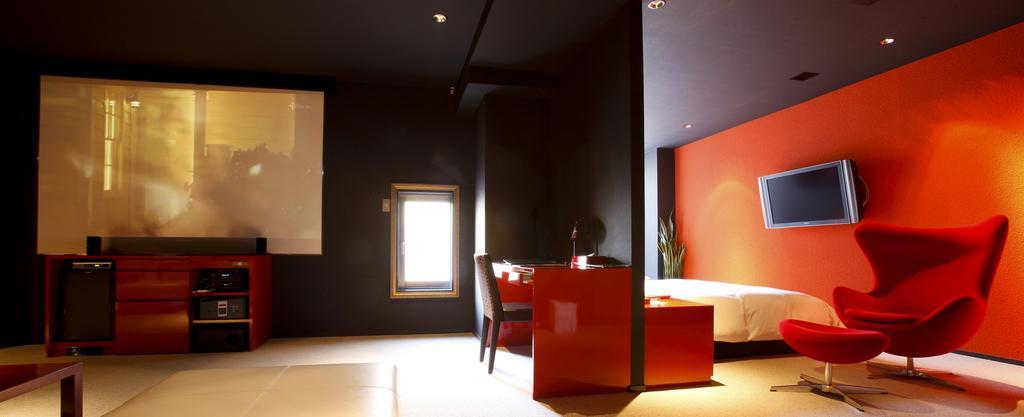 Kyoto minimalist hotel The Screen (1)