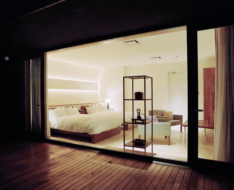 Tokyo minimalist hotel Claska (1)
