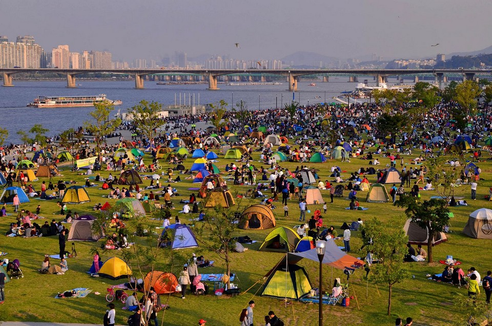 seoul han river picnic,sunset,night (9)