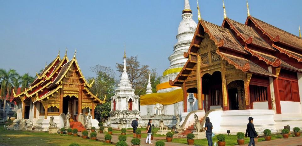 Wat_Phra_Singh.jpg
