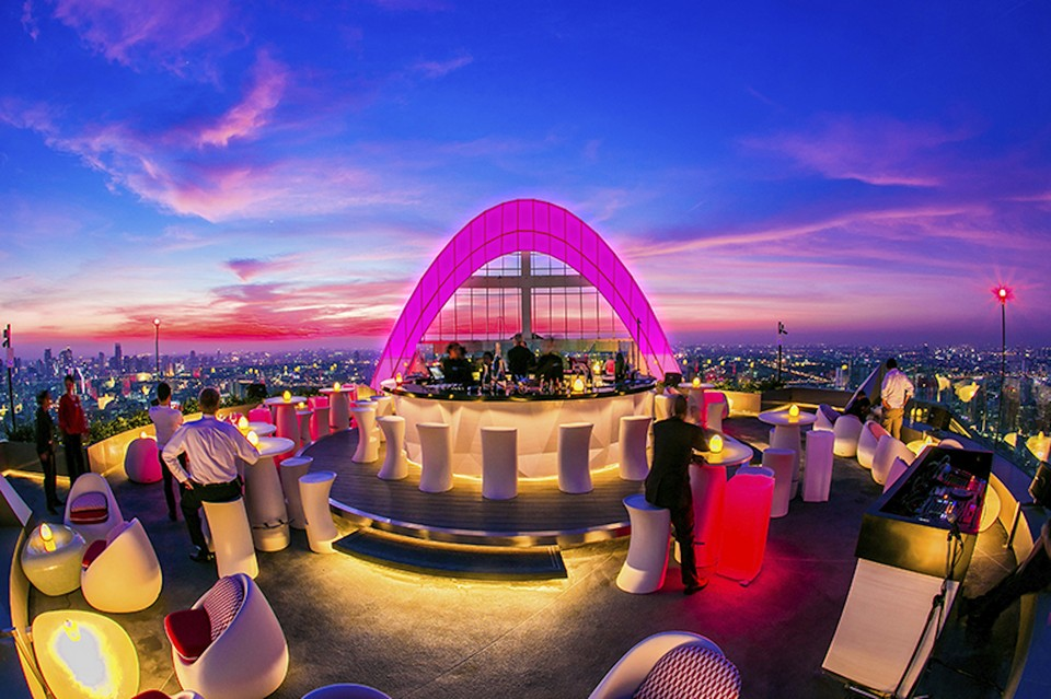 Top sky bars in Bangkok Red Sky – Centara Grand at CentralWorld (1)