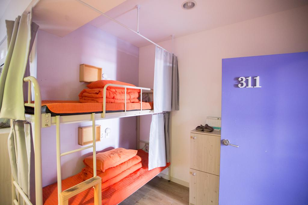 Cheap guesthouse in Jeju SUM Guest House Jeju Airport Branch (1)