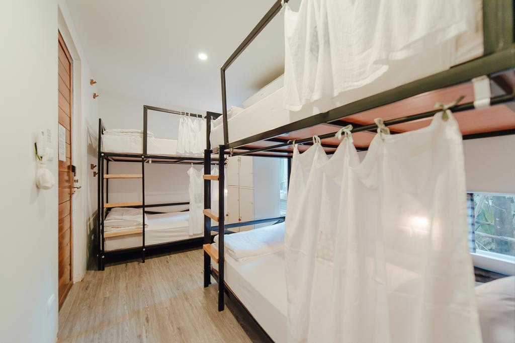 | cheap hostels in bangkok