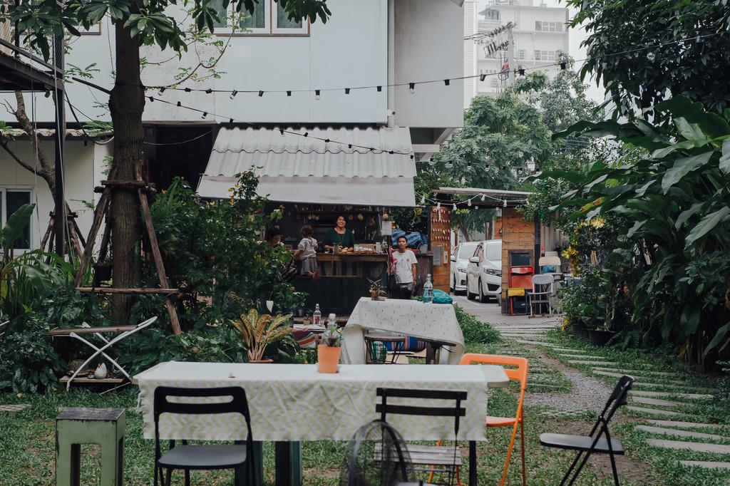 best homestay in bangkok the yard bangkok (1)
