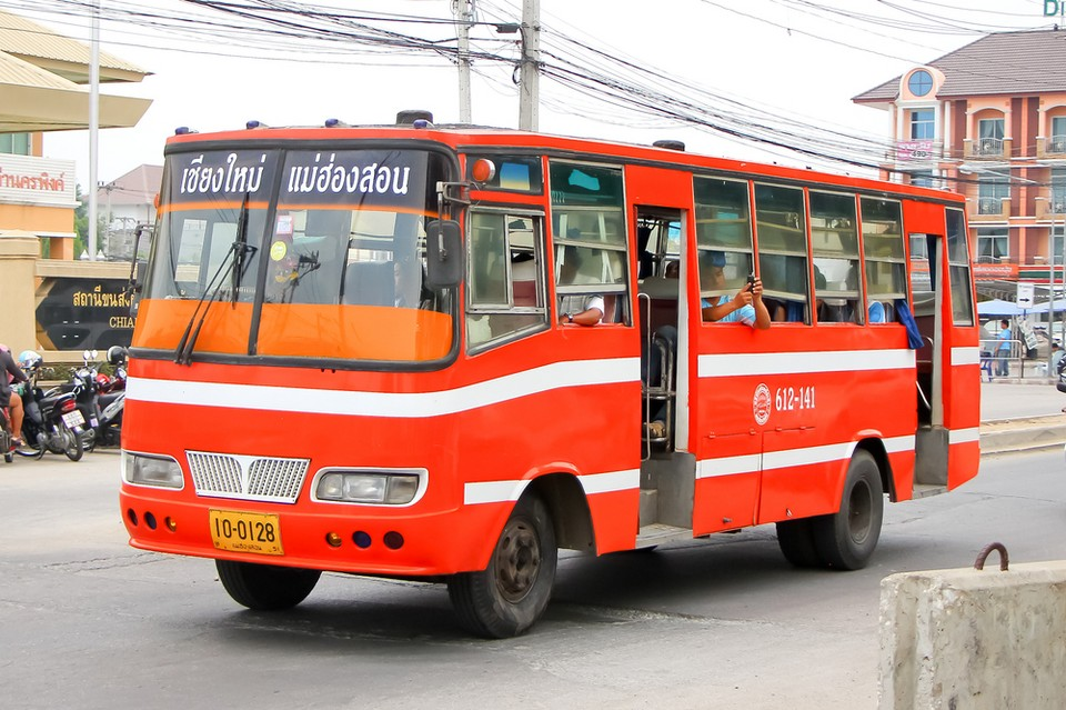 public bus to chiang mai
