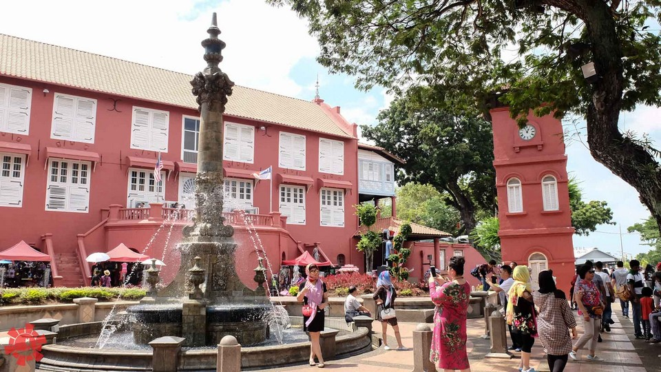1 day in Malacca Red Square (Dutch Square) (1)