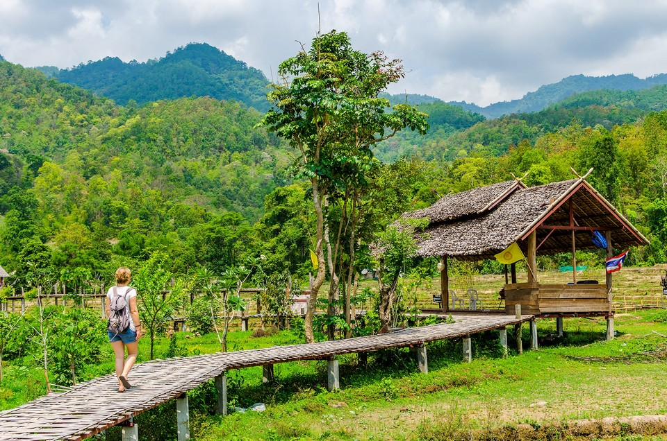 thailand-pai-holy-bamboo-bridge-hut