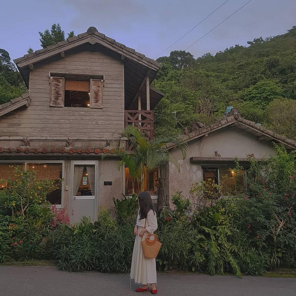Best cafes in Okinawa Yachimun Kissa Shisa-en (Yachimun café) (1)