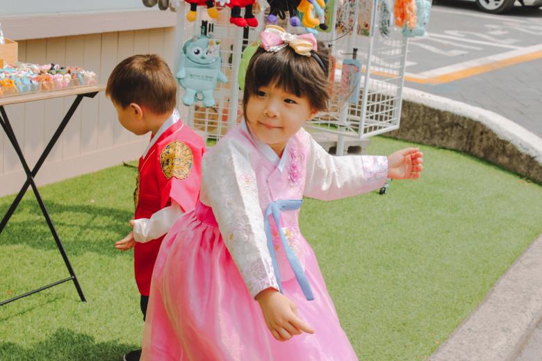 gamcheon hanbok.1