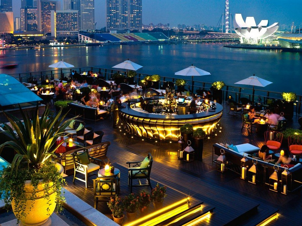 top sky bar in singapore (1)