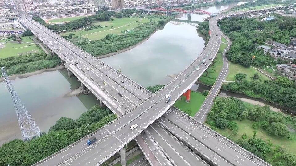 Taipei secondhand market Fuhe Bridge