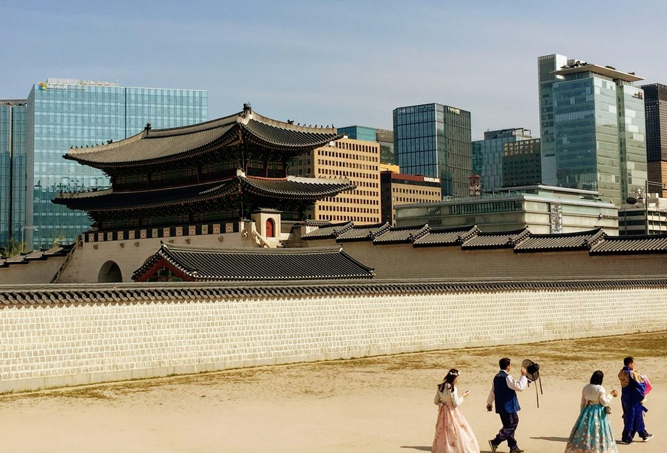 There are many wonderful places in Seoul to take pics in a hanbok.