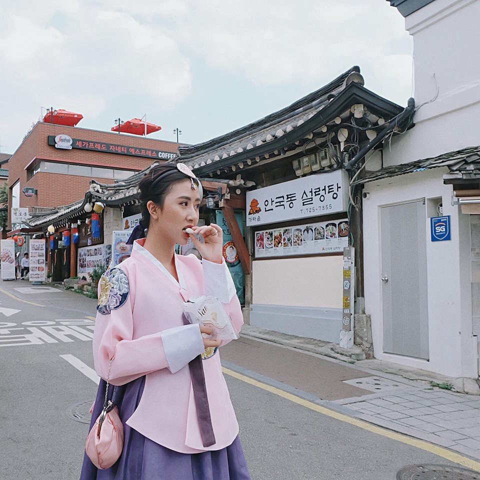 Renting Hanbok with discounted price.
